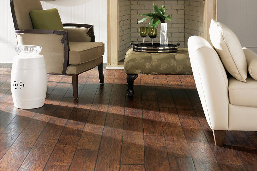 Difference Between Hardwood And Laminate How To Repair
