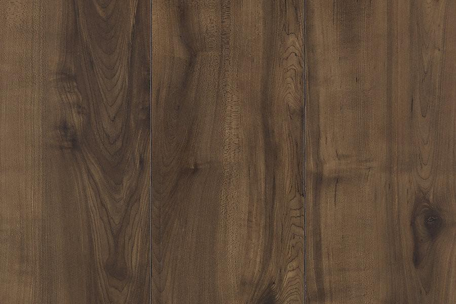 Mohawk chalet vista chocolate glazed maple onflooring for Laminate floor panels