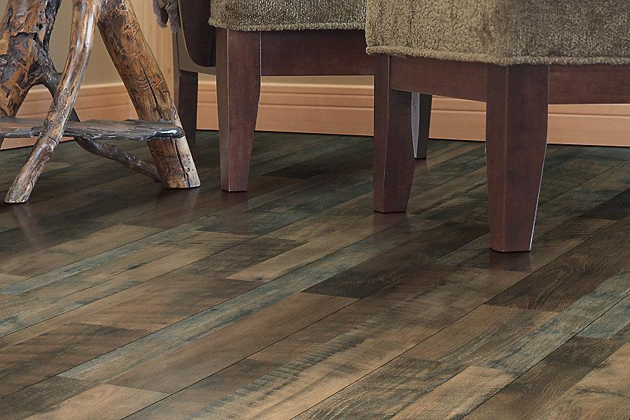 Mohawk Laminate Flooring mohawk_laminate_ellington_rusticamberoak Mohawk Chalet Vista Canyon Echo Oak Multi Width