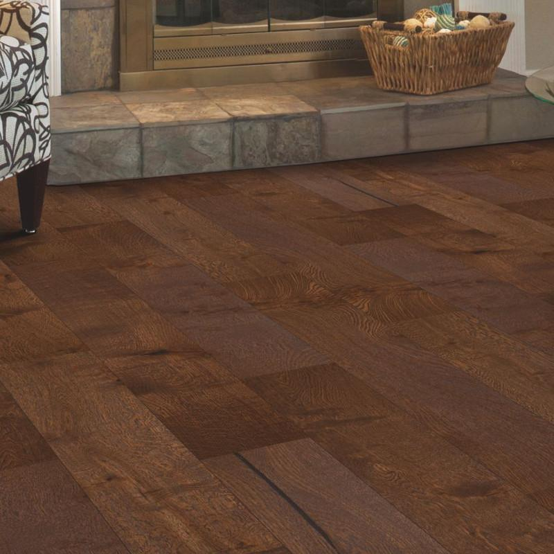 Mohawk uniclic artiquity barnwood oak onflooring for Uniclic flooring